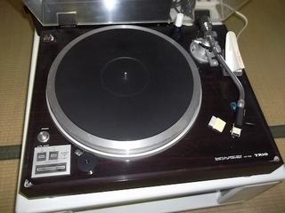 過去の遺産!?若かりし頃の宝物!!二十数年ぶりにレコードを聴いてみました。
